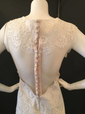 Wyoming by Claire Pettibone. Size 12. Good condition.